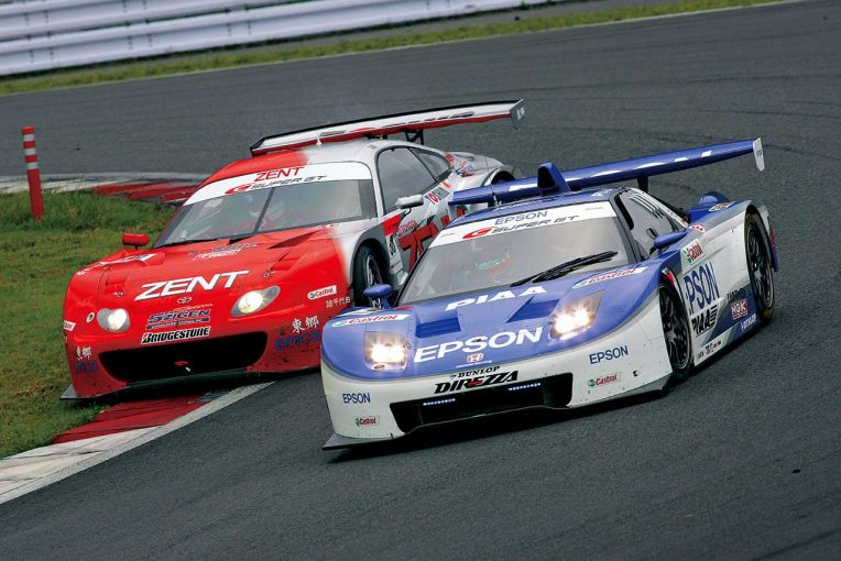 スーパーGT | GT最多勝争いはここから始まった。2005年第6戦富士、松田と立川の19周に渡る優勝争い【スーパーGT名レース集】