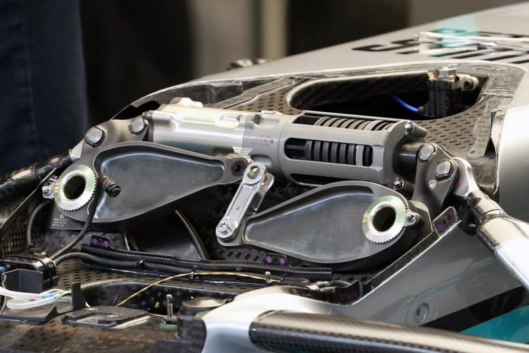 F1 | 【津川哲夫の幻の2020F1メカ私的解説】メルセデス新型W11の消えたトーションバー。気になる今季のコンセプト変更