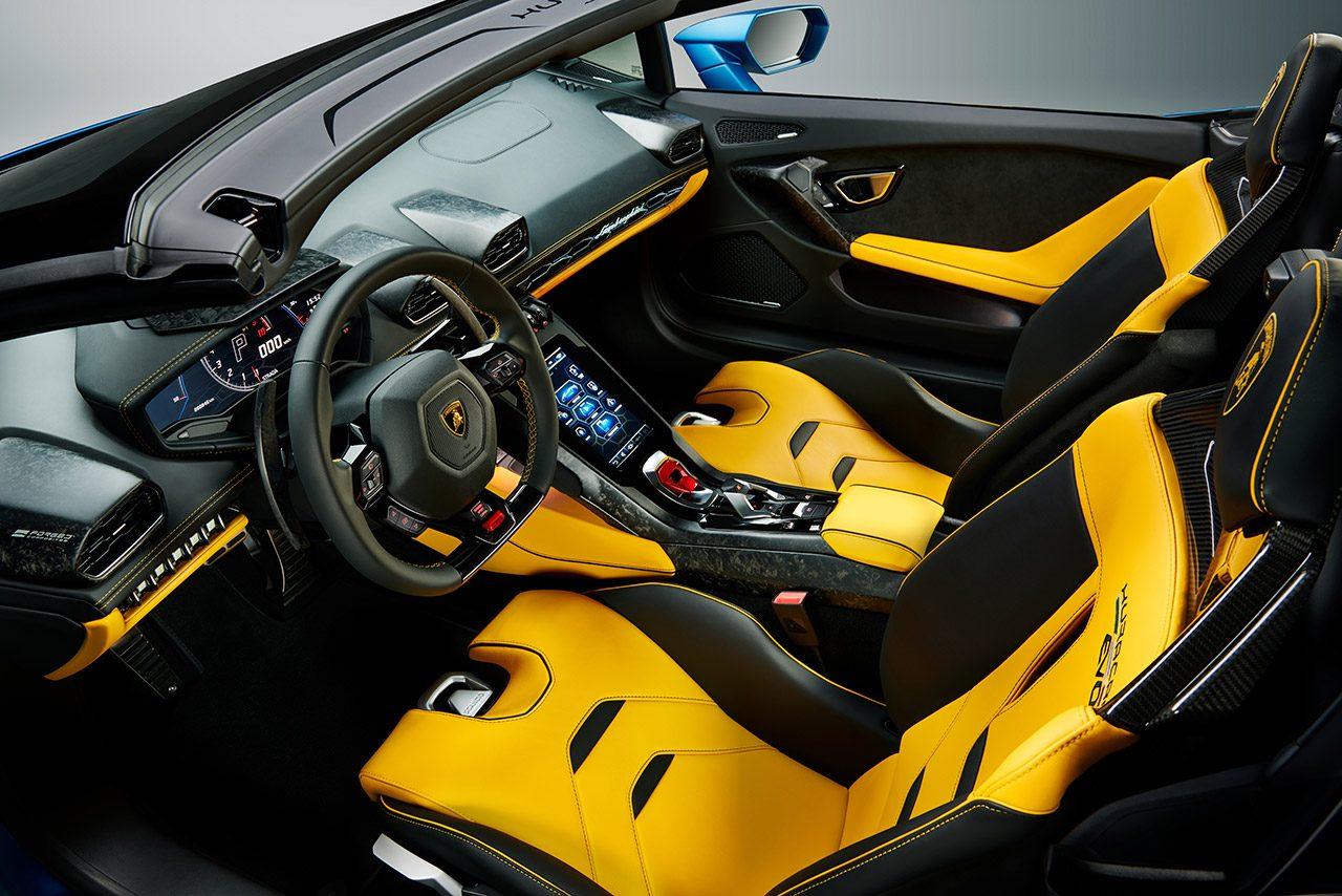ランボルギーニ『ウラカンEVO RWDスパイダー』発表。軽量ソフトトップに後輪駆動V10を搭載