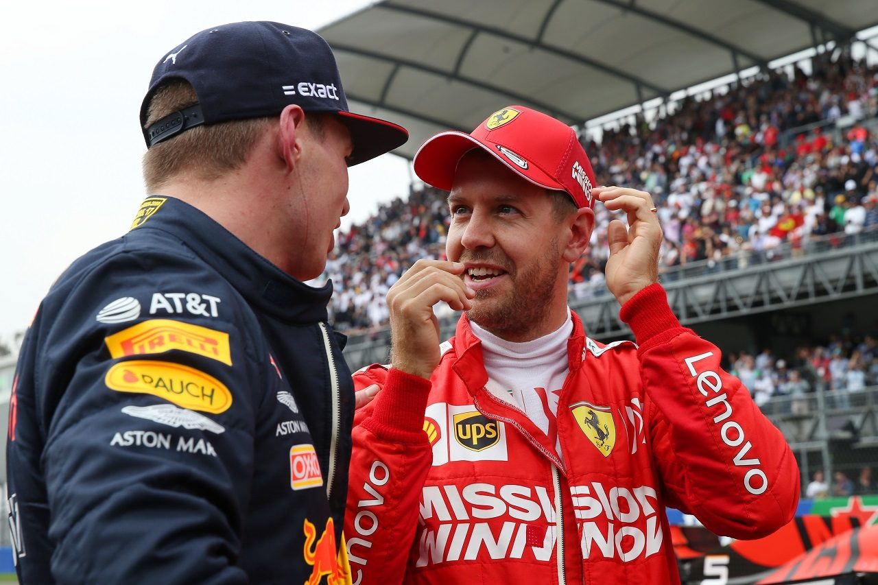 2019年F1メキシコGP マックス・フェルスタッペン(レッドブル)とセバスチャン・ベッテル(フェラーリ)