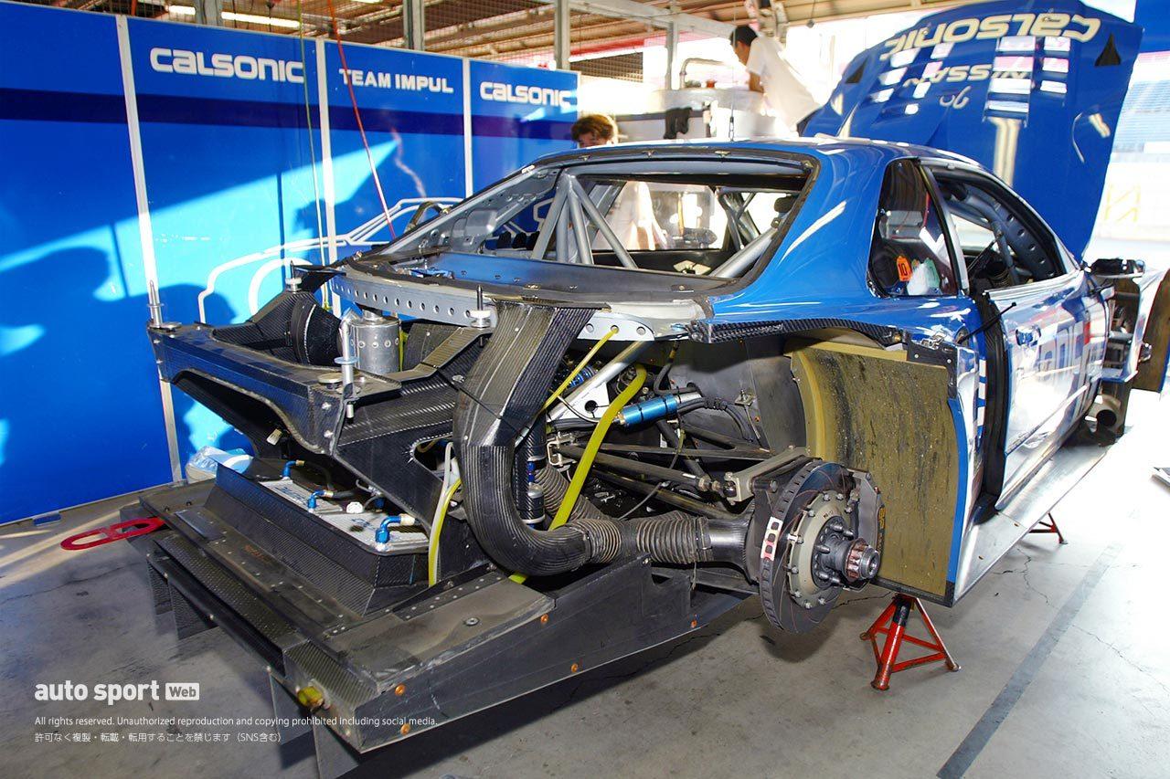 2003年JGTC ニッサンGT-R(R34)カルソニックの後部