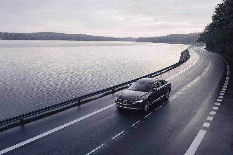 クルマ   ボルボ、今後すべての新車に時速180kmの最高速度制限とより適切なケア・キーを導入