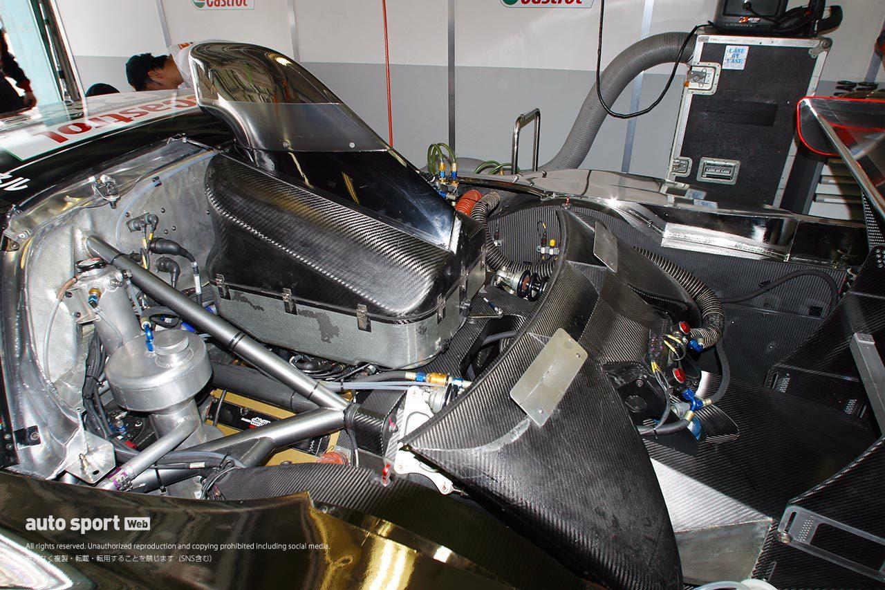 2003年JGTCホンダNSXエンジンルーム