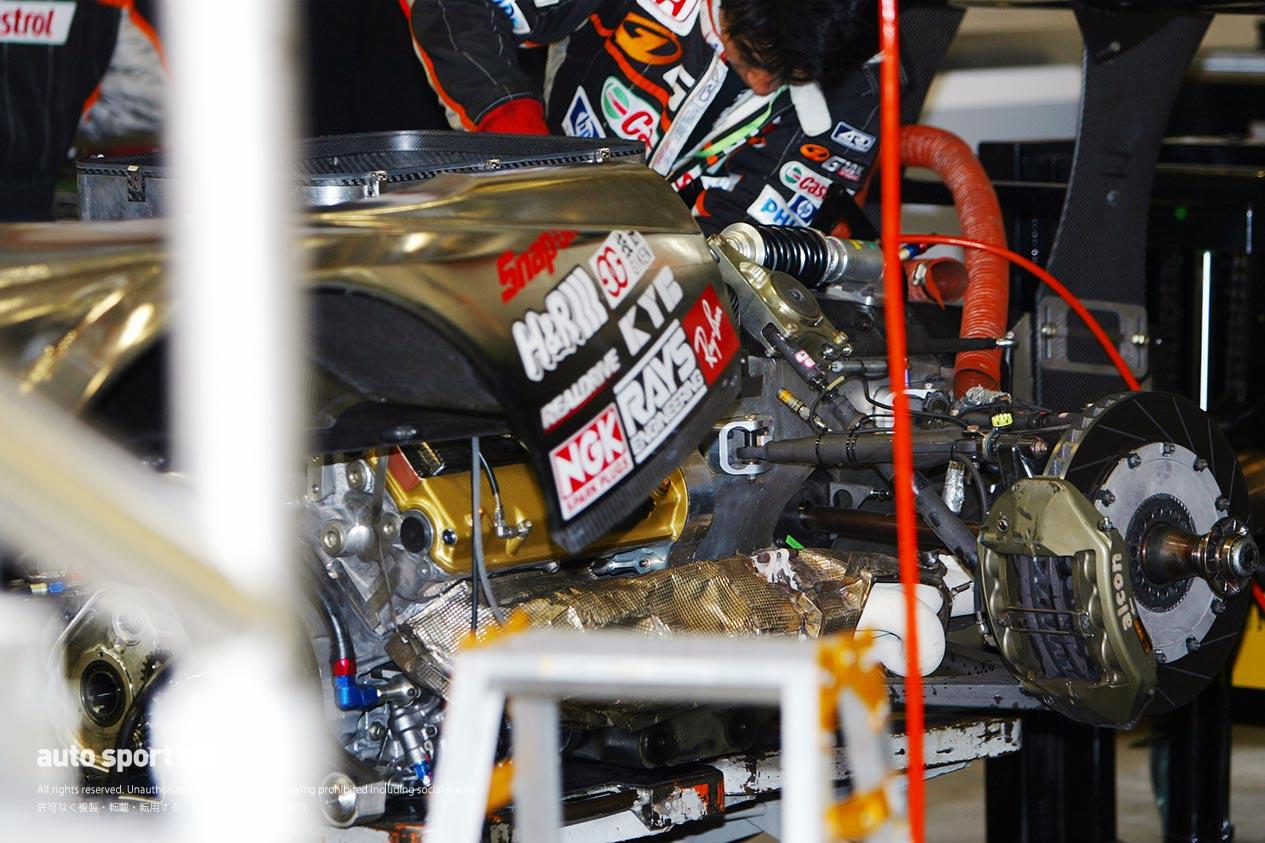 2003年JGTCホンダNSXリヤサスペンション