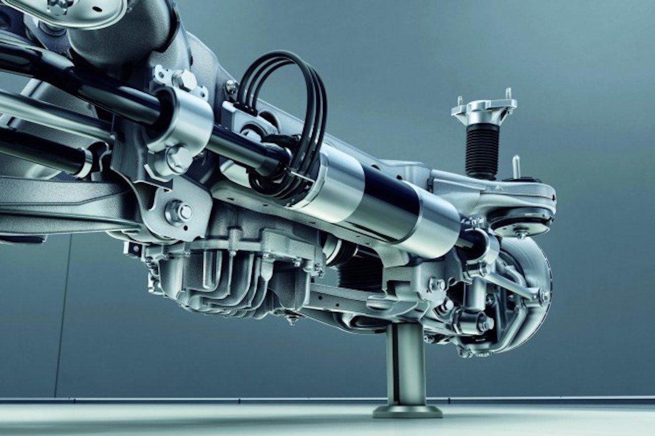 『メルセデス・ベンツ GLE』に最新ISGと電動SC搭載のAMGモデルを追加設定