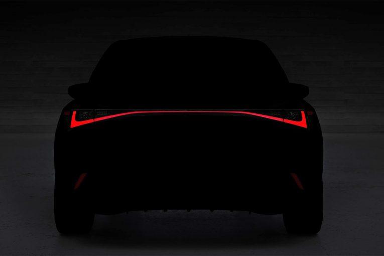 クルマ | レクサス、新型ISを6月10日にオンラインで発表へ。デザインの一部を公開