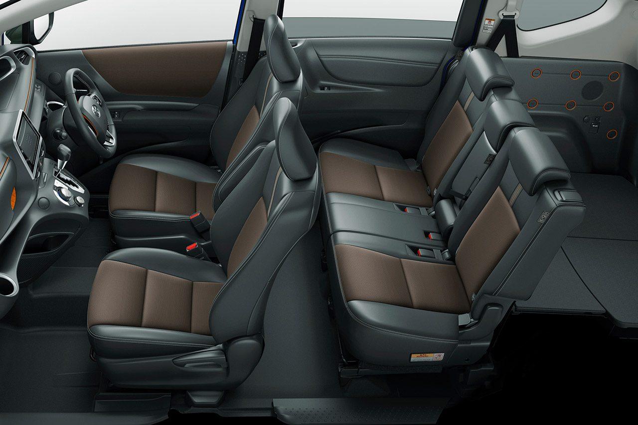 トヨタ・シエンタが一部改良。2列シート車の『FUNBASE G Cuero』が新設定