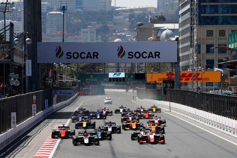 海外レース他   FIA-F2バーチャルレーシング最終戦:ルノー育成のピアストリが初優勝。チェッカー目前に波乱も
