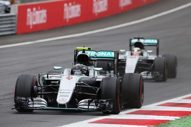 F1   F1名レース無料配信 2016年F1オーストリアGP:優勝を争うハミルトンとロズベルグが最終周で同士討ち
