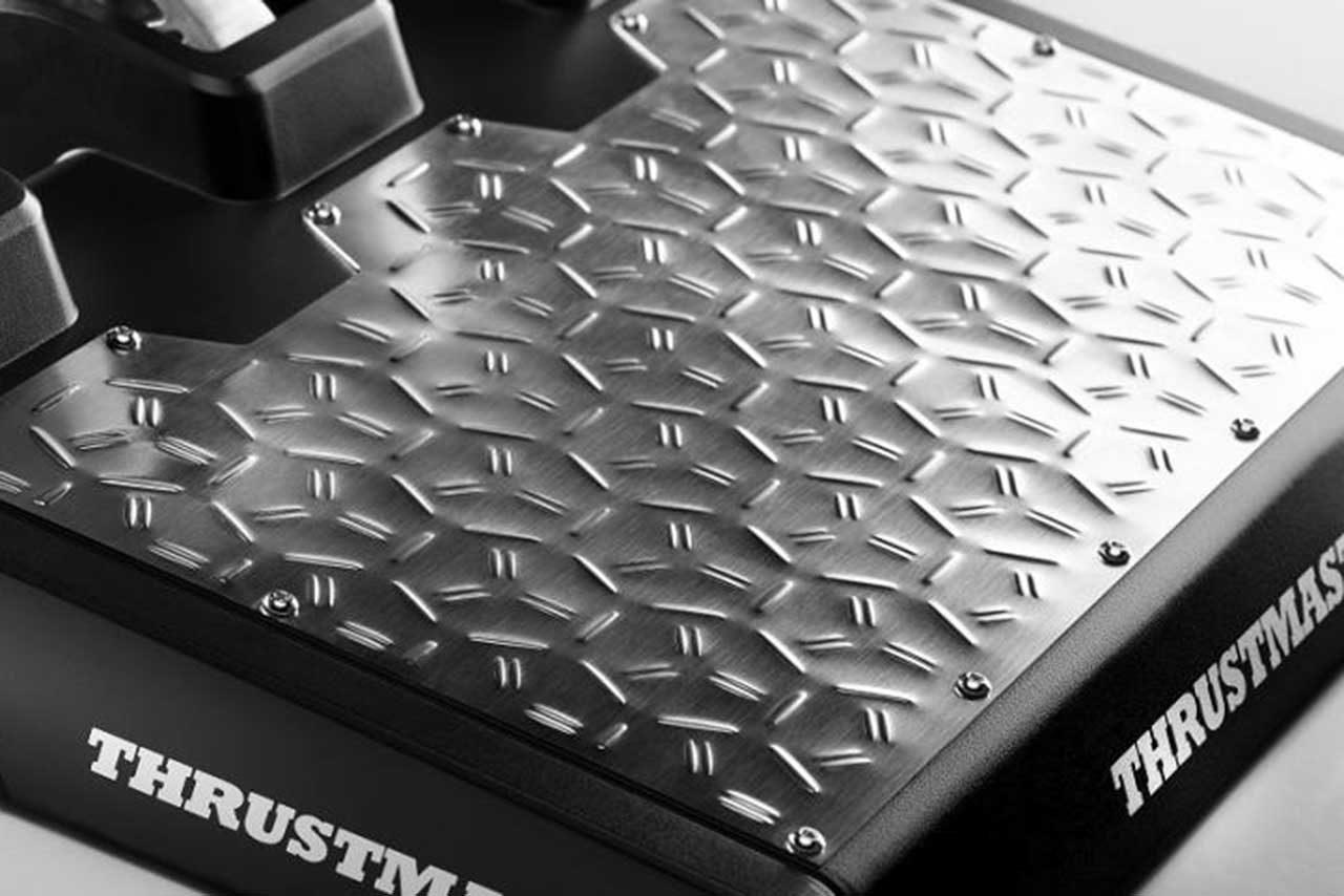 スラストマスターから最高の精度を誇る新レーシングペダルセット『T-LCMペダル』が登場