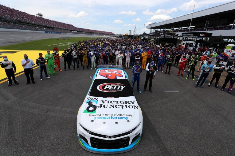海外レース他 | NASCAR:ババ・ウォレスのためにシリーズが団結「我々のスポーツは真の変化を推進する」