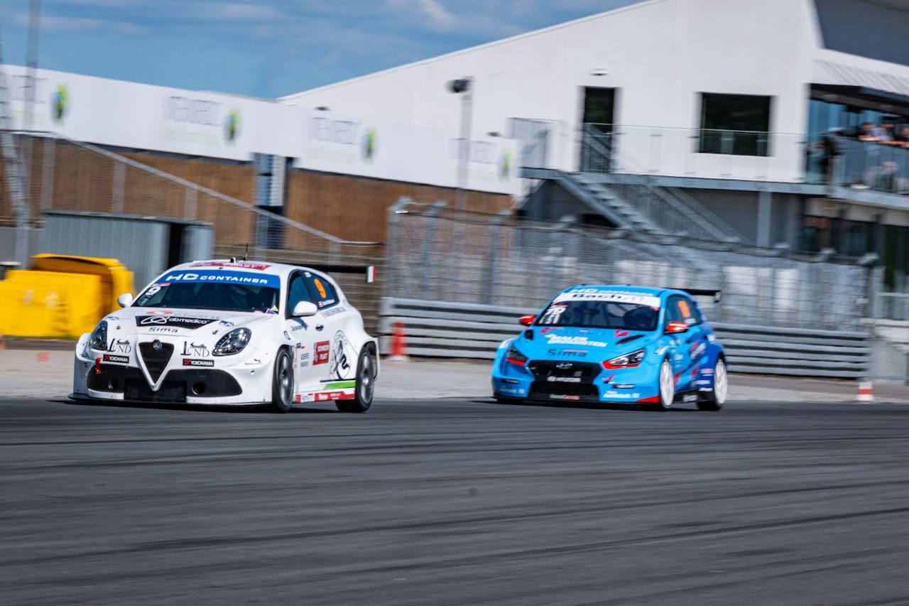 TCRデンマーク:記念すべき欧州本格再開はホンダ・シビック・タイプRの2勝で開幕