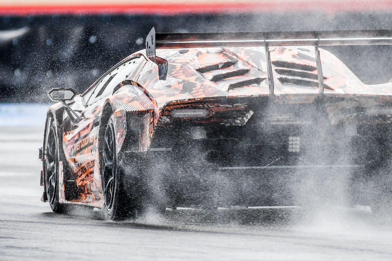 ランボルギーニ、サーキット専用ハイパーカー『SCV12』を2020年夏にワールドプレミア