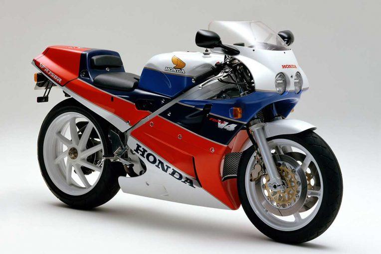 MotoGP | ホンダ、1987年に発売した『VFR750R(RC30)』のリフレッシュプランをスタート。純正部品の再生産も開始