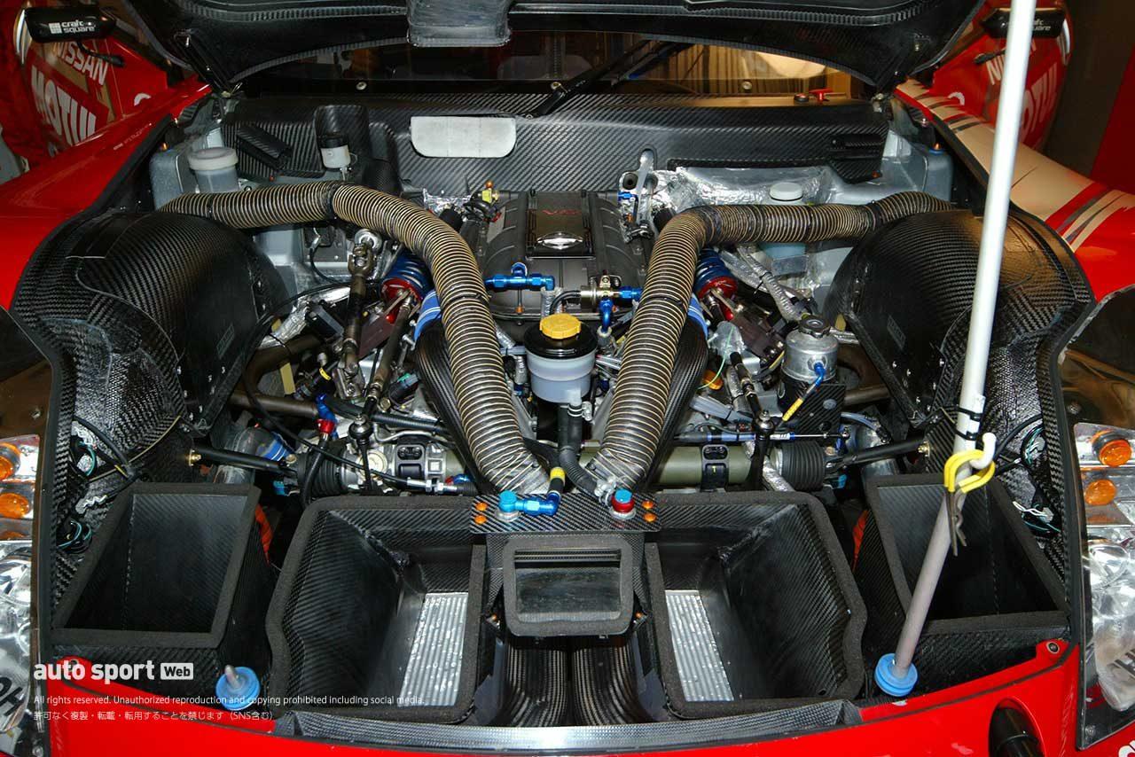 2004年GT500フェアレディZのVQ30DETT型3リッターV6ツインターボエンジン