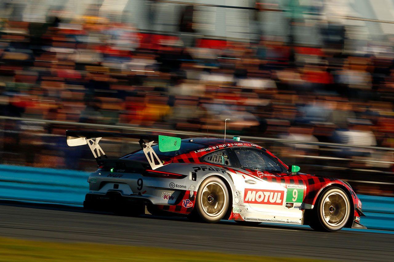 PFAFF Motorsports Porsche 911 GT3 R(2020)