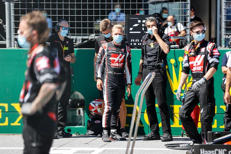 F1 | マグヌッセン「オコンの背後で冷却が不十分になり、ブレーキが終わった」:ハース F1オーストリアGP日曜