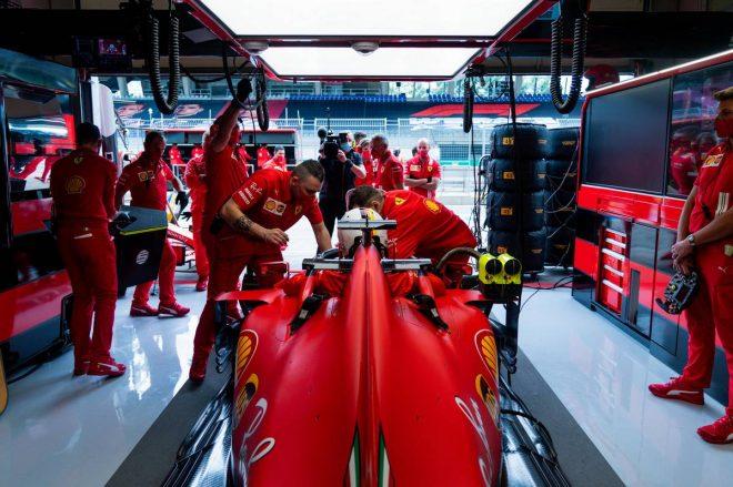 接触によるスピンを喫しながら1ポイントを持ち帰ることに成功したセバスチャン・ベッテル(フェラーリ)