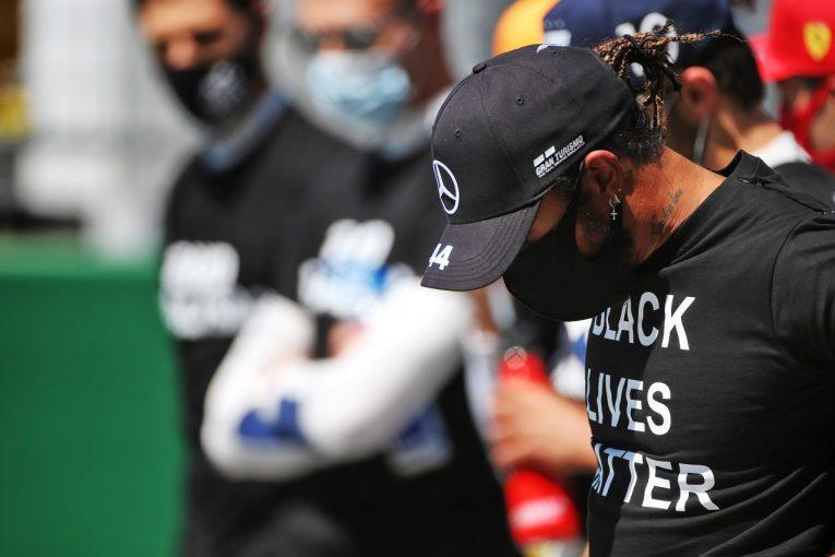 F1 | メルセデスF1のハミルトン「アルボンとのことはレーシングインシデントのように感じる」もペナルティを受け入れ