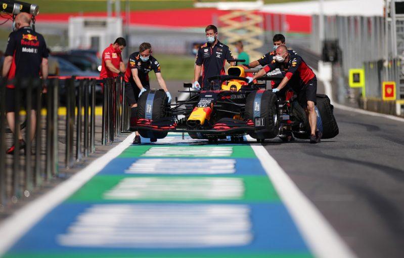 F1 | レッドブルF1代表、開幕戦でダブルリタイアもパフォーマンスには自信あり「毎戦優勝を狙って戦う」