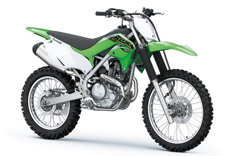 MotoGP | カワサキ、オフロード専用『KLX230R』の2021年モデルを8月1日から発売