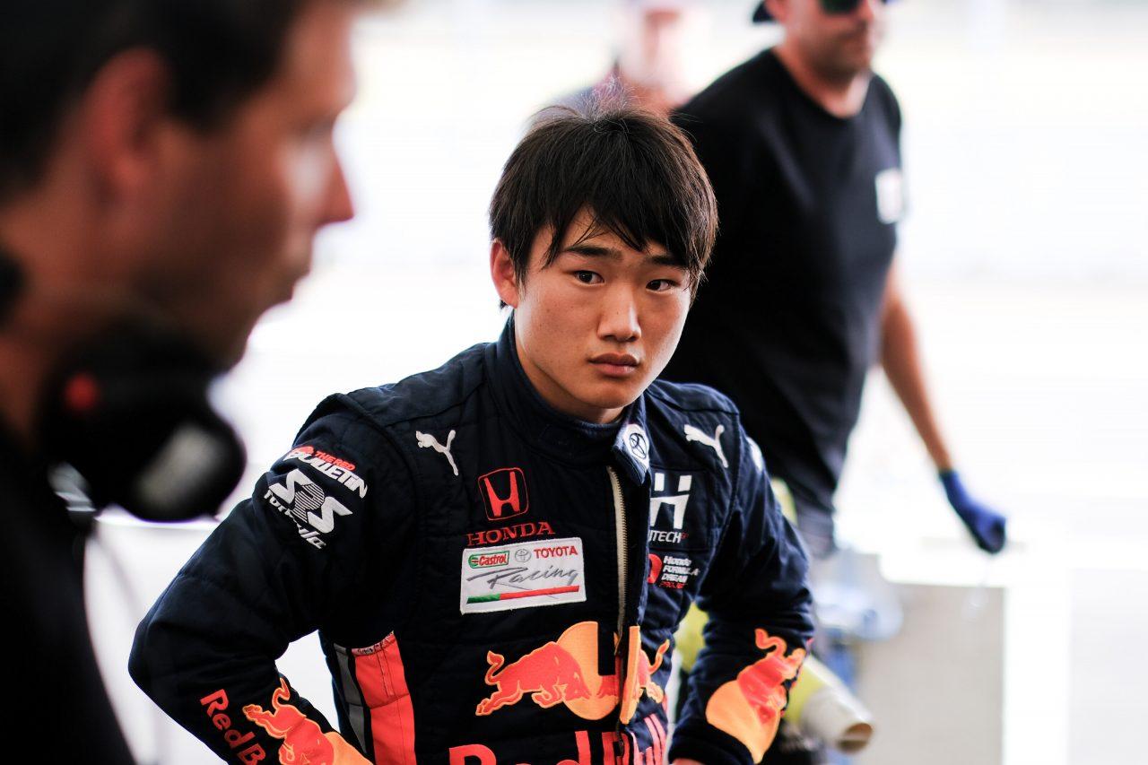 レッドブル・ジュニアでFIA-F2に参戦する角田裕毅(カーリン)