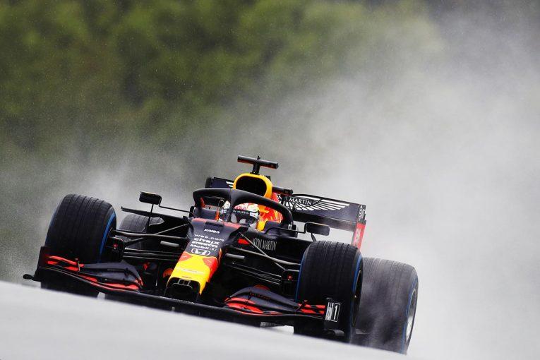 F1 | 難しい雨のなかレッドブル・ホンダのフェルスタッペンがハミルトンと一騎打ちで2番手【予選速報/F1第2戦】