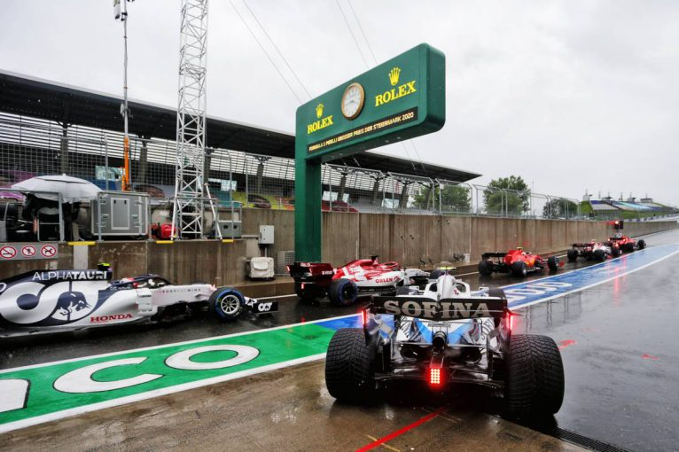 F1 | 【気になる一言】予選強行に見えた主催者事情「日曜日に予選を行うと、FIA-F2かポルシェカップがキャンセルされる」