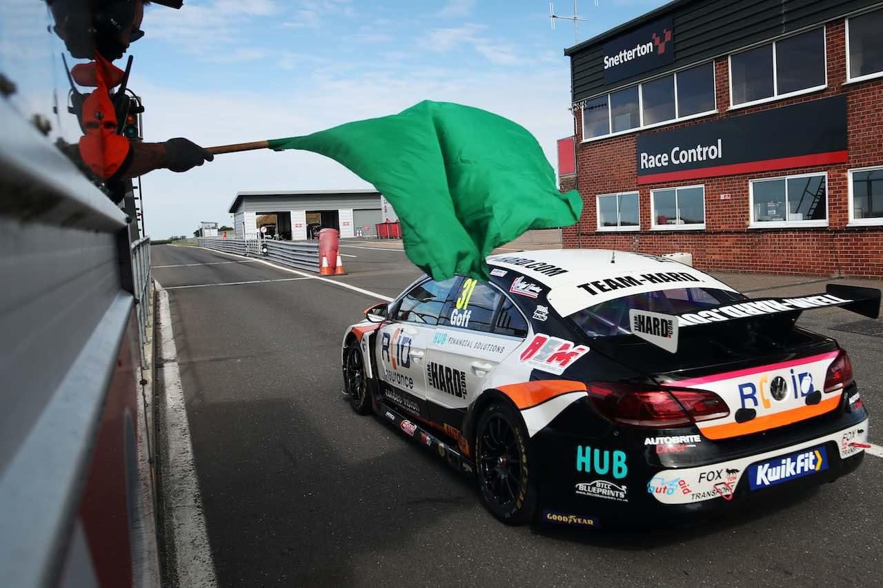 BTCC:公式タイヤテストはインディペンデント王者の新型フォード・フォーカスSTが最速