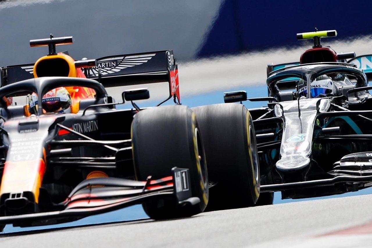 2020年F1第2戦シュタイアーマルクGP バルテリ・ボッタス(メルセデス)とマックス・フェルスタッペン(レッドブル・ホンダ)