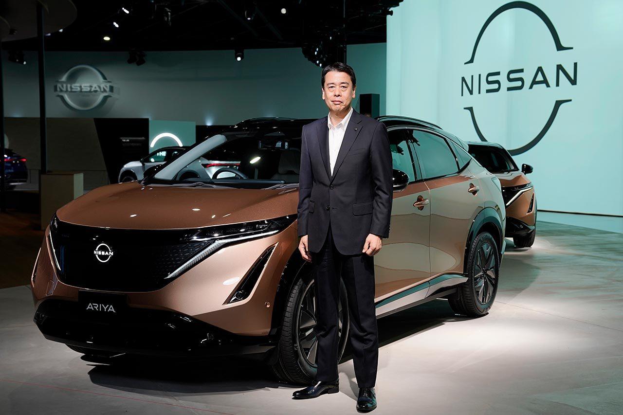 日産自動車、新型アリア発表とともに新ロゴ、エンブレムを発表。未来へと舵を切る姿を表現