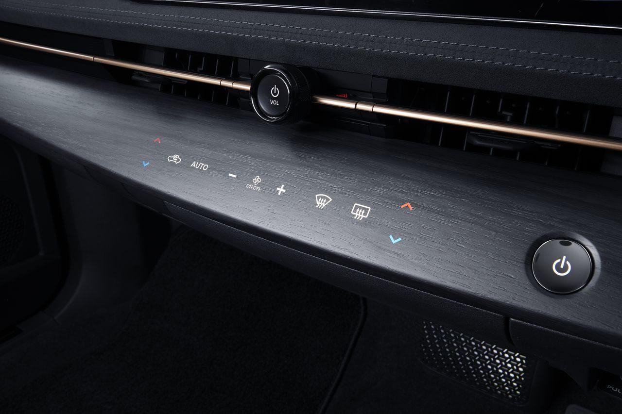 EV新時代のクロスオーバーSUV『ニッサン・アリア』発表。日本では2021年中頃に発売