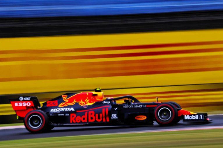 F1 | レッドブル・ホンダ分析:空力パッケージ評価のタイミングを迎えるも、生憎の天候で課題の残る1日に