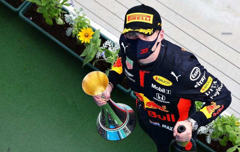 F1   フェルスタッペン「クラッシュから2位は勝利のようなもの。メカニック達に捧げる」レッドブル・ホンダ【F1第3戦決勝】