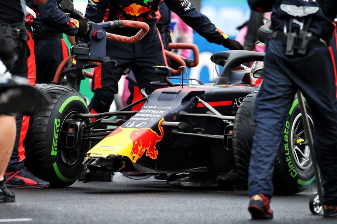 2020年F1第3戦ハンガリーGP マックス・フェルスタッペン(レッドブル・ホンダ)、決勝前のレコノサンスラップでクラッシュ