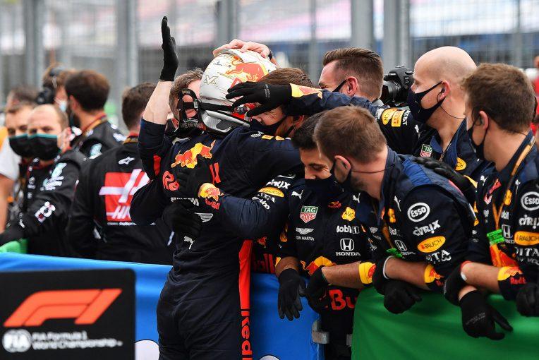 F1   レッドブル・ホンダ分析:修復作業はわずか12分。一度はスタートを諦めたフェルスタッペンが見せた逆襲劇