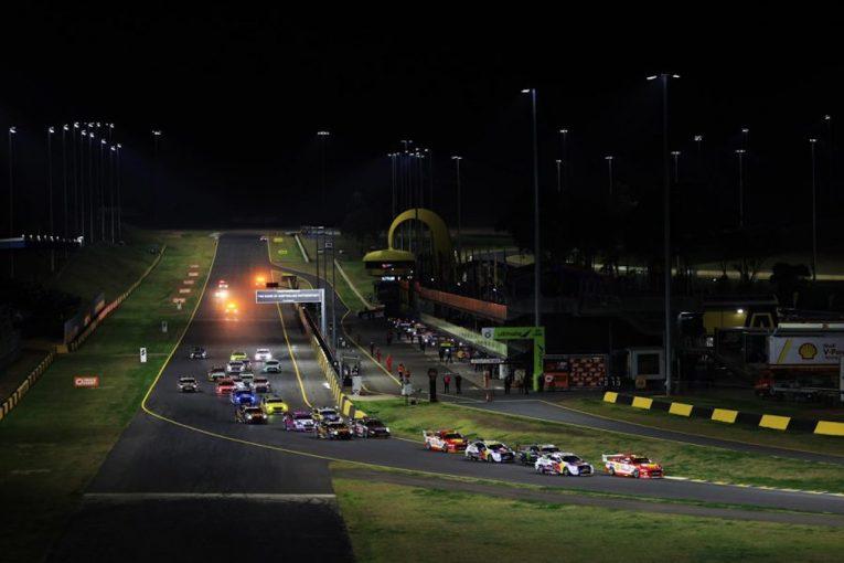 海外レース他 | 豪州SC:第3戦シドニー。異例ずくめのナイトレースは王者が制覇。シリーズ初優勝者も誕生