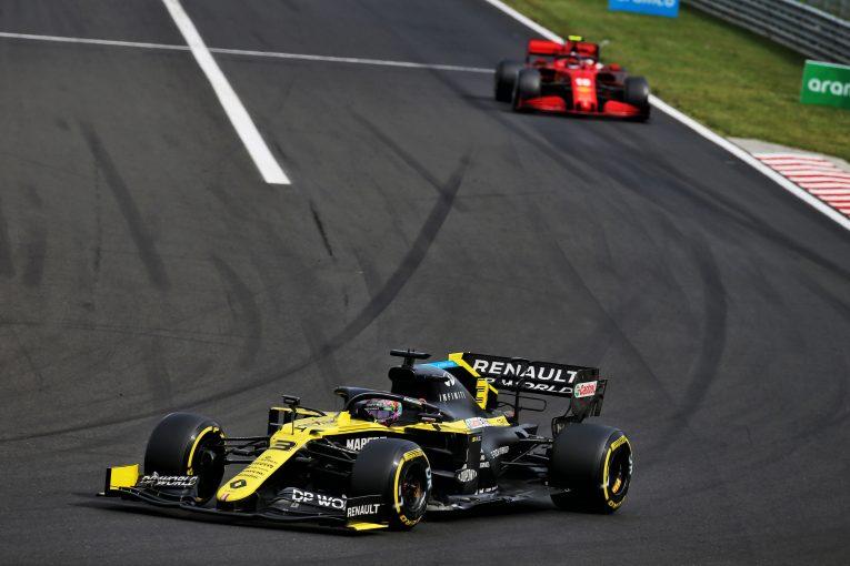 F1 | 「現時点ではルノーF1の方がフェラーリよりも速い」とリカルド