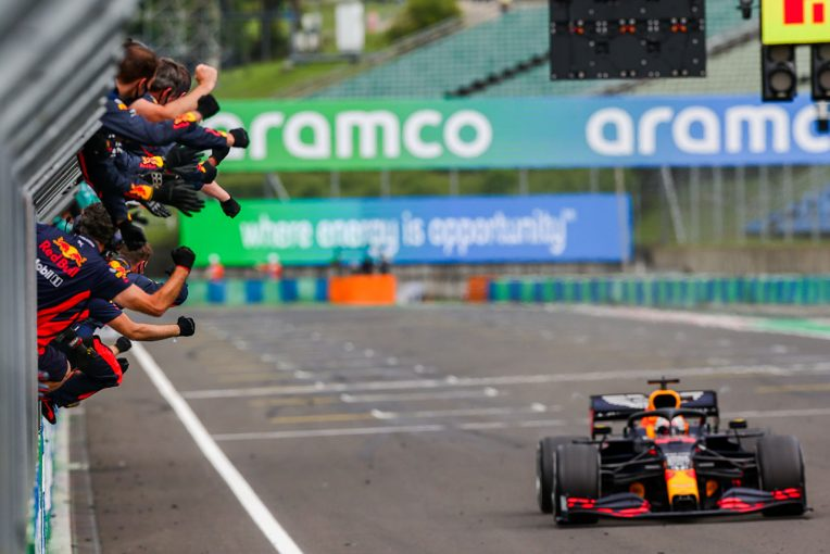 Blog | 【ブログ】メカニックたちのプロフェッショナルな仕事に感激/F1自宅特派員ハンガリーGP編