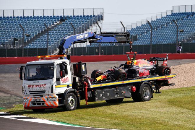 2020年F1第4戦イギリスGP金曜 アレクサンダー・アルボン(レッドブル・ホンダ)がFP2でクラッシュ
