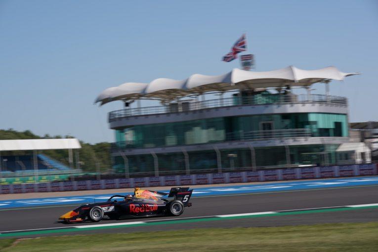 海外レース他 | レッドブル育成のローソンが2勝目。マシン分離の大クラッシュが発生【順位結果】FIA-F3第4戦イギリス レース1