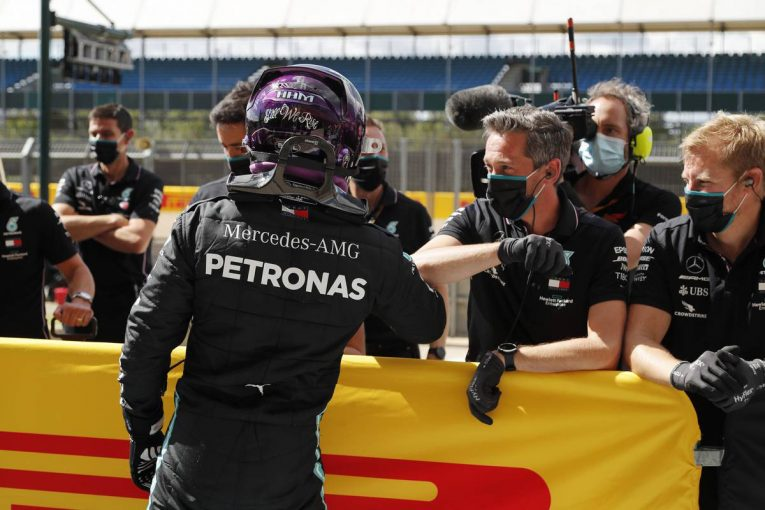 F1 | ハミルトンが驚速タイムを叩き出し母国で7回目のポール獲得。フェルスタッペン3番手【予選レポート/F1イギリスGP】