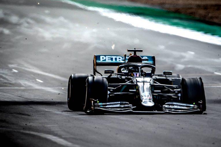F1 | 【F1第4戦無線レビュー(1)】3輪で走り続けたハミルトン、最終コーナー直前で「これがファイナルラップだよね」