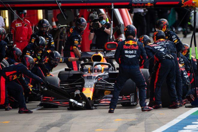2020年F1第4戦イギリスGP マックス・フェルスタッペン(レッドブル・ホンダ)のピットストップ