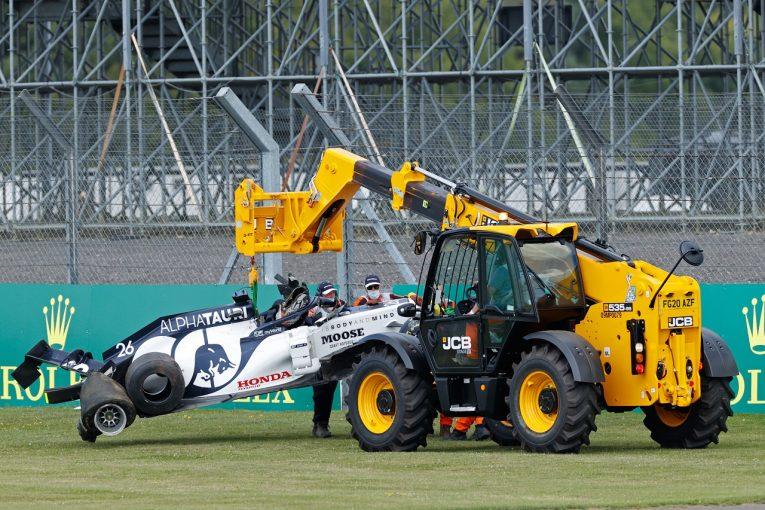 F1   クビアトのクラッシュはタイヤのパンクが原因か「入賞を逃し悔しい」アルファタウリ・ホンダ【F1第4戦決勝】