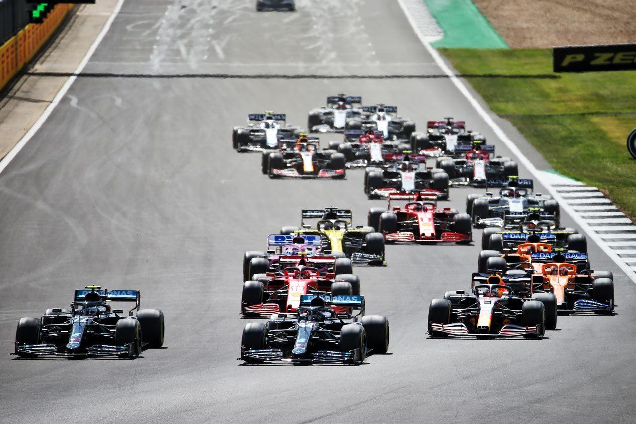 """F1は""""目に見えない敵""""に負けず、これまでとは違う厳しい環境下で、同レベルの安全、健康、意志を維持していく。"""