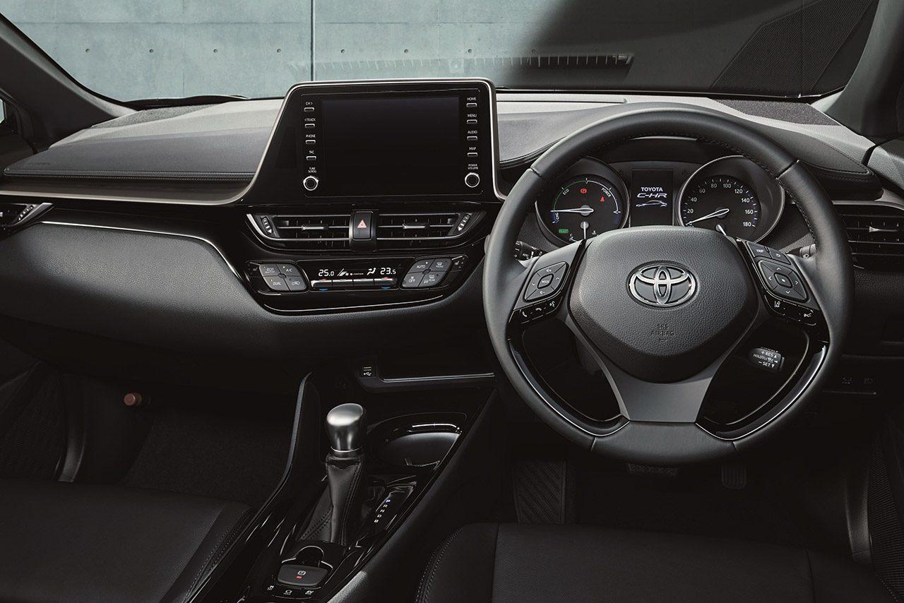 トヨタ『C-HR』が一部改良。安全装備を充実させるほかブラック基調の特別仕様車を設定