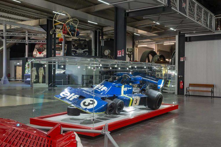"F1   F1に革命を起こした6輪車『ティレルP34』秘話。現存する""プロトタイプ""の存在に迫る"