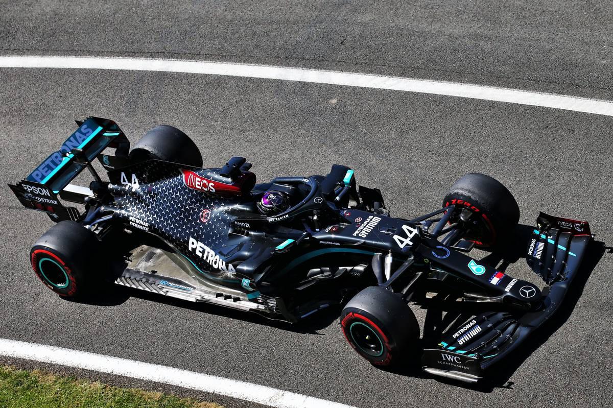Photo of F1 70周年記念GP FP2:ハミルトンが最速でメルセデス1-2。終盤にはフェラーリにトラブル発生 | F1 | autosport we | オートスポーツweb