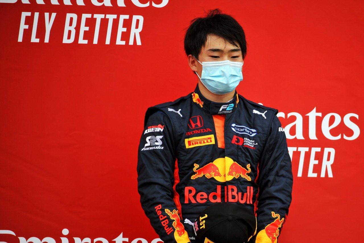 初優勝の角田裕毅、ランキング4位まで11ポイントに迫る【順位結果】FIA-F2第5戦イギリス レース2